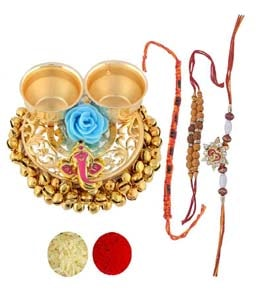 Ganesh roli chopra with Kumkum-Chawal and 3 set of rakhi